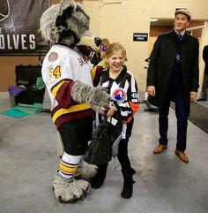 Carol Stream girl with #autism meets her #hockey idols: the refs - http://www.dailyherald.com/article/20151222/news/151229769/ #livingautismdaybyday #autism_awareness #autism_fun #sports