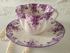 Tea cups, You can appreciate morning meal or different time times using tea cups. Tea cups likewise have decorative features. When you look at the tea cup designs, you will see this clearly. Tea Cup Set, My Cup Of Tea, Tea Cup Saucer, Tea Sets, Purple Tea Cups, Café Chocolate, Cuppa Tea, Teapots And Cups, China Tea Cups