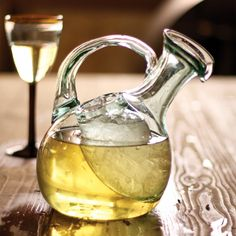 This white wine decanter has an ice reservoir to keep the wine chilled. Interesting.  White Wine Decanter | dotandbo.com