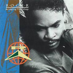 Shazam で Roger の You Should Be Mine を見つけました。聴いてみて: http://www.shazam.com/discover/track/57247086