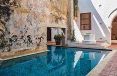 Colonial patio {Cartagena, Colombia}