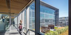 HOK designed the San Francisco Public Safety Building,   wood ceiling detail (transition, devices)