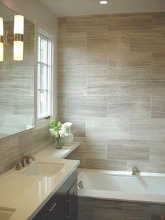 salle de bain taupe avec carrelage mural beige