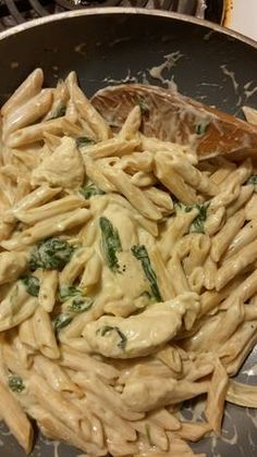 Think Food, I Love Food, Good Food, Yummy Food, Spinach Alfredo, Alfredo Chicken, Plats Healthy, Snap Food, Cooking Recipes