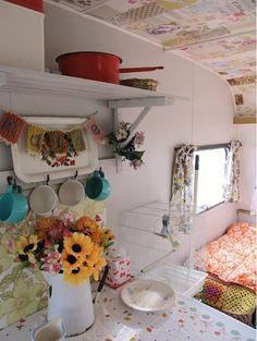 wohwagen dekoratiom retro hauch süßes interieur