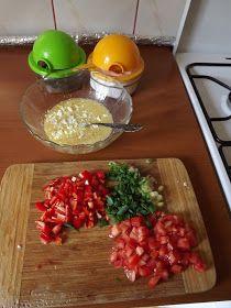 bucataria turceasca: Menemen Chicken, Meat, Vegetables, Food, Vegetable Recipes, Eten, Veggie Food, Meals, Veggies