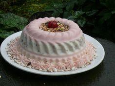 Cakes for Animals.  taarten voor dieren