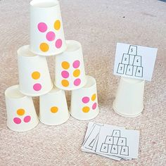 This is very clever! I am loving this idea using paper cups. Heidi This is very clever! I am loving this idea using paper [. Kindergarten Math Activities, Math Games, Teaching Math, Preschool At Home, Learning Activities, Preschool Activities, Maths, Number Activities, Math Stations