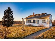 (Heartland MLS) For Sale: 3 bed, 1 bath house located at 2570 Martin Rd, Smithville, MO 64089 on sale now for $219,000. MLS# 2023510. WAIT TILL YOU SEE THIS CUTE REMODELED FARM HOUSE ON 5.14 ACRES (HAVE SURVEYED)....