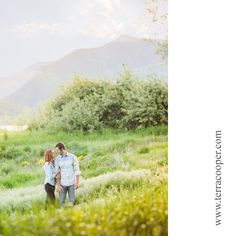 Utah mountain engagement pictures www.terracooper.com #terracooper #terracooperphotography #weddingphotographer #engagements #engagementpictures #engagementphotos #engagementoutfits