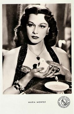 https://flic.kr/p/wwbPh5 | Maria Montez | German postcard by Kunst und Bild, Berlin, no. A 292. Photo: Pallas Film Verleih.  Dominican film actress María Montez (1912-1951) gained fame and popularity as a tempestuous Latino beauty in Hollywood movies of the 1940s.