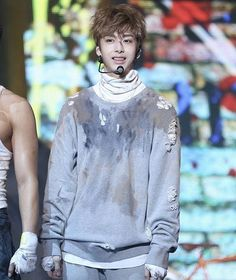 those fake scars and kinda dirty outfits are so cool it really gives the fighter vibes damn  - ©mbcsnakes #hyungwon #monstax