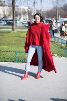 paris-fashion-week-street-style-fall-2018-day-2-1