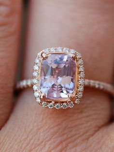 Lavender sapphire ring engagement ring 2.24ct / http://www.himisspuff.com/engagement-rings-wedding-rings/8/