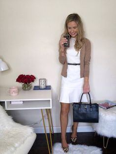 Shop Your Screenshots™ with LIKEtoKNOW.it, a shopping discovery app that allows you to instantly shop your favorite influencer pics across social media and the mobile web. Modest Work Outfits, Stylish Work Outfits, Spring Work Outfits, Sexy Business Casual, Summer Business Outfits, Professional Dress For Women, Business Professional Dress, Summer Work Fashion, Elegantes Outfit