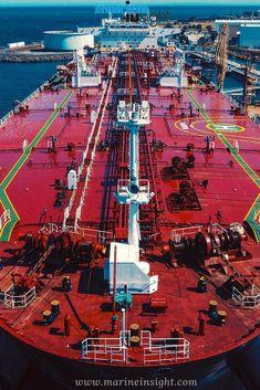 Just Amazing 😍🚢 _____________ #ship #shipping #shiplife #ships #tankership #sailor #sailorlife #seafarer #sealife #lifeatsea #marineindustry #marineinsight #merchantnavy  Photograph by Robert Wojciechowski