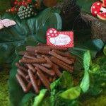Palitinhos de chocolate da festa da floresta encantada