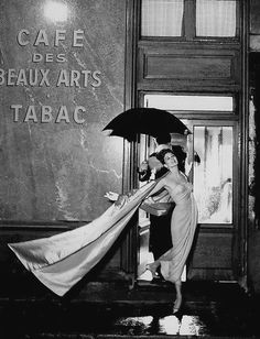 two shades of pink by Pierre Balmain, photo by Avedon at Cafè des Beaux-Arts, Paris, August 1956.