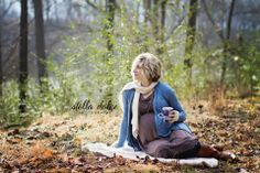 Winter & Hot Cocoa Maternity Session   Stella Dolce Photography www.stelladolcephotography.com   #maternity #winter #hotchocolate #cocoa #nashville