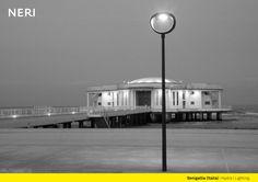 Hydra, outdoor lighting system by Neri SpA. Product information: http://www.neri.biz/en/Company/News-and-events/Hydra-lights-the-Rotonda-sul-mare Picture: Senigallia (AN), Italy #Light #Design #Urbanlight #LED #Structure #Madeinitaly #Luce #Lighting #Ispiration #NeriSpa #Senigallia #Followus #Follower