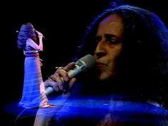 A Moça do Sonho/O Quereres - Maria Bethânia - YouTube