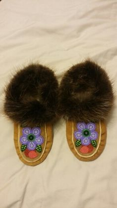 Hand crafted by Adrienne Beaulieu Beadwork, Beading, First Nations, Moccasins, Creative, Crafts, Color, Penny Loafers, Beads