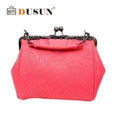 $36.52 (Buy here: https://alitems.com/g/1e8d114494ebda23ff8b16525dc3e8/?i=5&ulp=https%3A%2F%2Fwww.aliexpress.com%2Fitem%2F2015-women-leather-evening-clutch-women-s-handbags-Printing-Flowers-designer-handbags-high-quality-women-shoulder%2F32310338081.html ) 2016 women leather evening clutch women's handbags Printing Flowers designer handbags high quality women shoulder bags bolsas for just $36.52