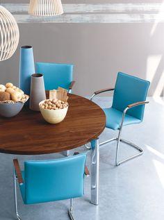 Freyr eetkamerstoel | Leolux #Blue #Color #Wood #201605