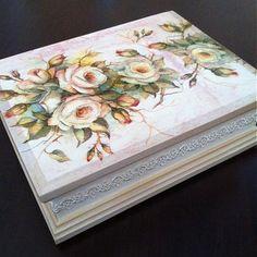 Krabička divé ruže 2