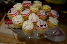 fifi lapin cupcakes @Liliana Macias theses would be perfect for Lola