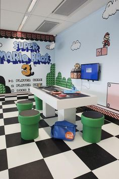 room design 35 The Most Beautiful Room Ideas With Game Themes Ideas Nerd Room, Gamer Room, Sala Nerd, Nintendo Room, Nintendo Decor, Super Nintendo, Nintendo Games, Nintendo Consoles, Video Game Rooms