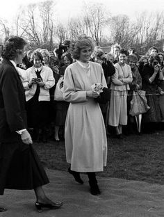 1987-11-12 Diana arrives at West Heath School in Sevenoaks, Kent, to open the Rudge Sports Hall