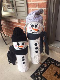 Xtra large log plus lbs. Grinch Christmas Decorations, Christmas Wood Crafts, Diy Christmas Gifts, Christmas Art, Christmas Projects, Simple Christmas, Holiday Crafts, Christmas Ornaments, Barn