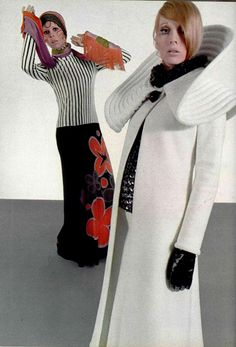 Sometimes things look better IN vinyl. 70s Women Fashion, Sixties Fashion, Unisex Fashion, Fashion History, Gothic Fashion, Women's Fashion, Pierre Cardin, Vintage Dresses, Vintage Outfits