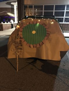 Hobbit Hole Trunk-or-Treat