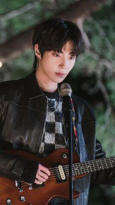 K Drama, Drama News, Handsome Korean Actors, Men Handsome, Bare Face, Kdrama Actors, Cha Eun Woo, Cute Actors, True Beauty