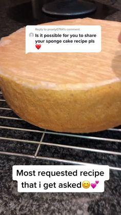 Vanilla Sponge Cake, Sponge Cake Recipes, Cake Pops, Camembert Cheese, Cooking Recipes, Yummy Food, Baking, Sweet, Happy