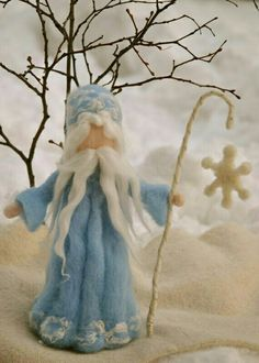 King Winter Waldorf inspired Needle felted : Standing Doll with snow flake Waldorf Crafts, Waldorf Dolls, Needle Felted, Nuno Felting, Winter Fairy, Felt Fairy, Nature Table, Fairy Dolls, Felt Dolls
