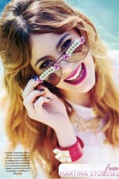 Photoshoot of Martina stoessel alias Violetta