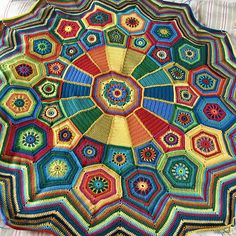 Ravelry: Project Gallery for Carousel CAL pattern by Sue Pinner