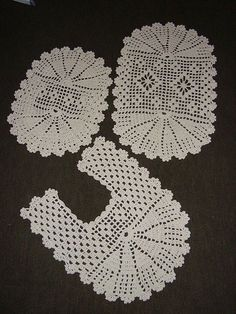 Best 12 Art: Home Mat – Skillofking.Com - Diy Crafts - Knit & Share Crochet Diy, Crochet Home, Filet Crochet, Crochet Doilies, Crochet Decoration, Crochet Projects, Tatting, Diy And Crafts, Crochet Earrings