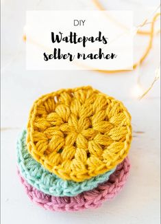 Wattepads häkeln – nachhaltig leben Crochet Instructions: Cotton pads can be quickly and easily crocheted from wool rests Hand Knitting, Knitting Patterns, Crochet Patterns, Macrame Patterns, Easy Knitting Projects, Crochet Projects, Macrame Projects, Youtube Crochet, Knitted Teddy Bear