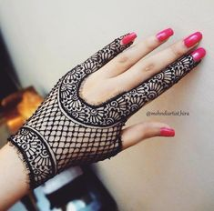 Latest and New Mehandi Design – Henna 2020 Henna Designs Feet, Mehndi Designs For Girls, Stylish Mehndi Designs, Mehndi Design Images, Best Mehndi Designs, Arabic Mehndi Designs, Mehandi Designs, Mehndi Tattoo, Henna Mehndi