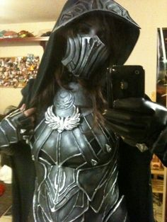 Amazing cosplay (Skyrim, Nightengale Armor).  Perhaps one day I'll be this awesome. :D