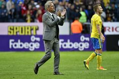 Sweden v Wales - International Friendly - Pictures - Zimbio #Seb