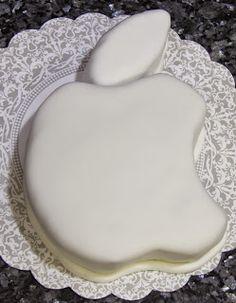 Yummilicioussss!: Apple Logo Cake