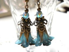 teal dangle earrings lucite flower earrings teal and by minouc