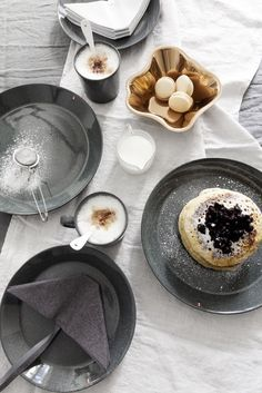 Nordic winter vibes with Iittala - via Coco Lapine Design blog