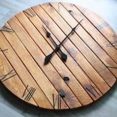 Handmade Reclaimed Pallet Wood Wall Clock