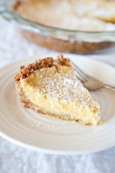 Homemade Momofuku Crack Pie | This is one of the best dessert recipes. It's so creamy and sweet, you won't be able to get enough of this pie recipe.